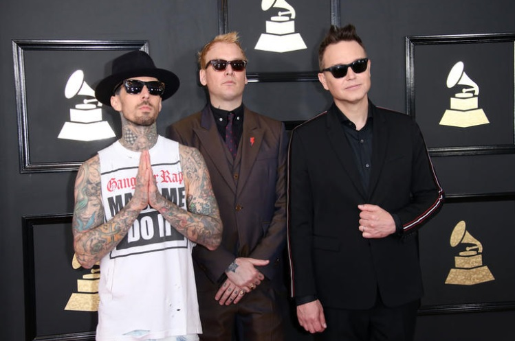 New 102.7 See Blink-182 Contest